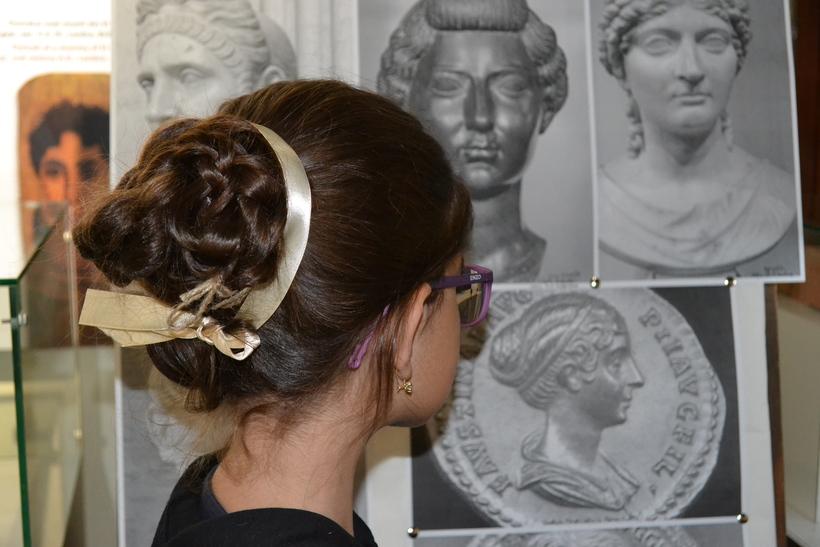 Coafuri după moda împărăteselor romane